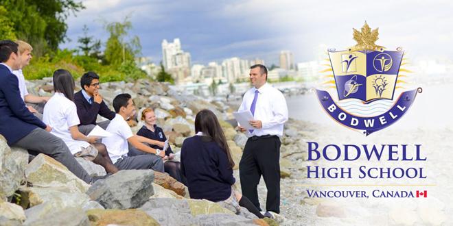 Du học Canada - Học sinh và giáo viên trường Bodwell High School