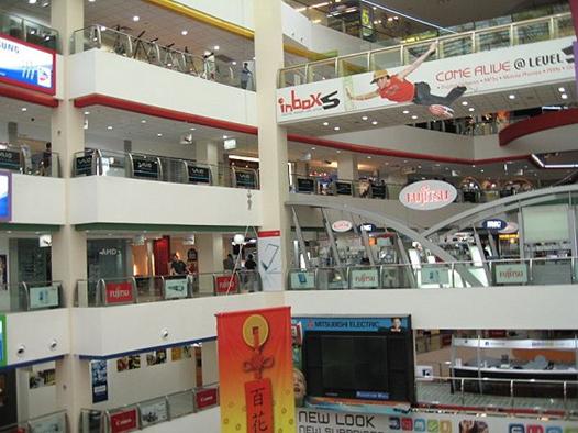 Du học Singapore - Trung tâm mua sắm tại Singapore