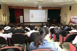 Giao luu voi DH Hai Phong-300x200