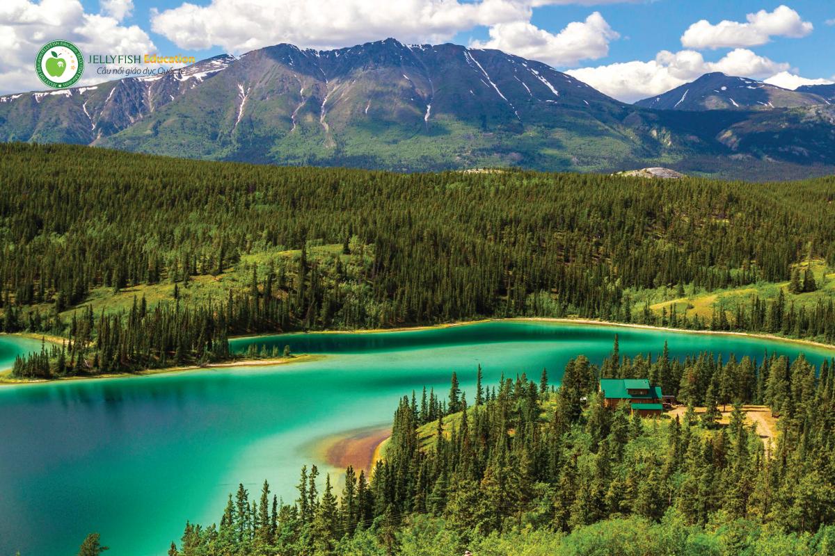 Du lịch và khách sạn tại Canada