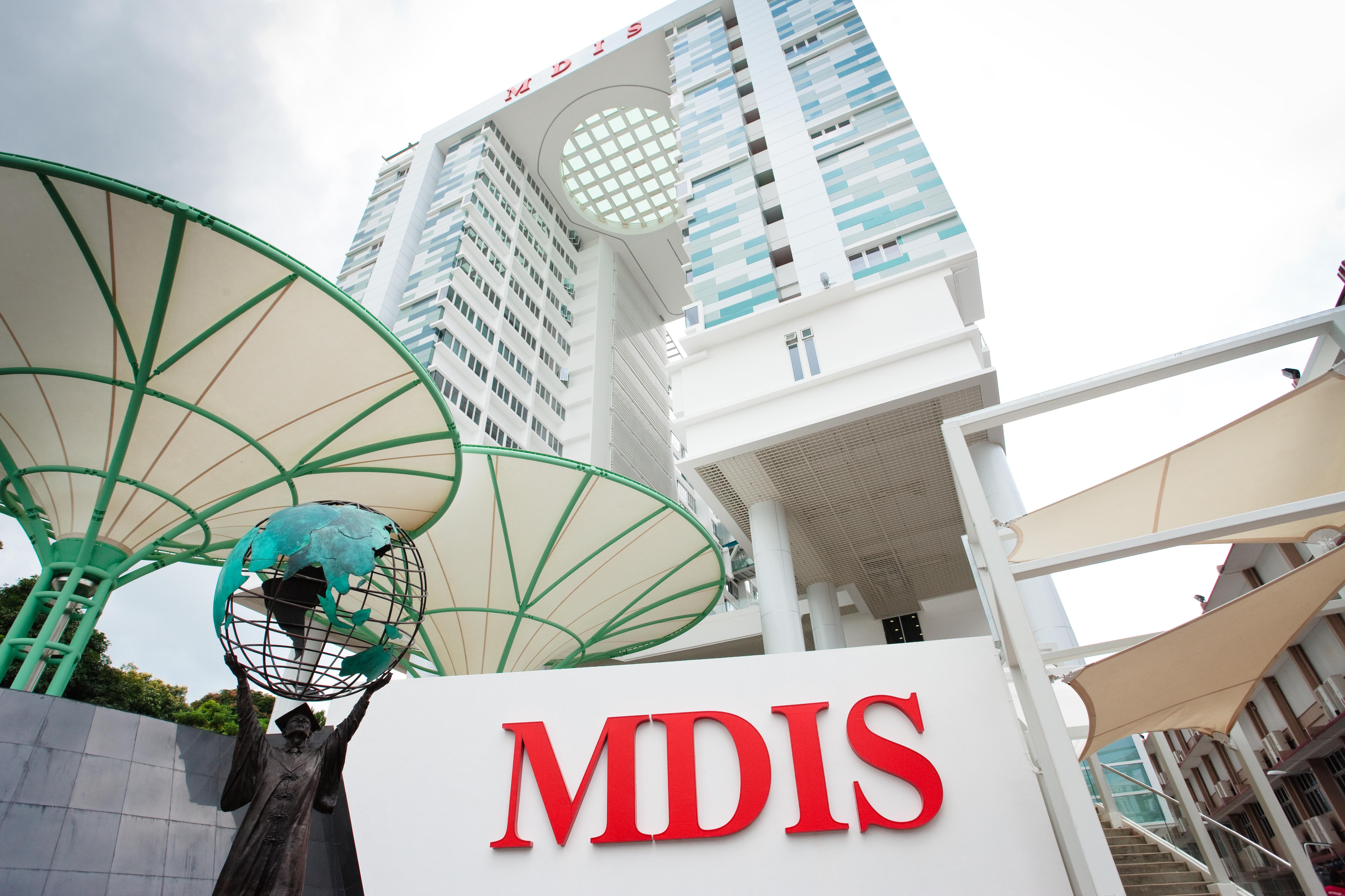 Học viện MDIS