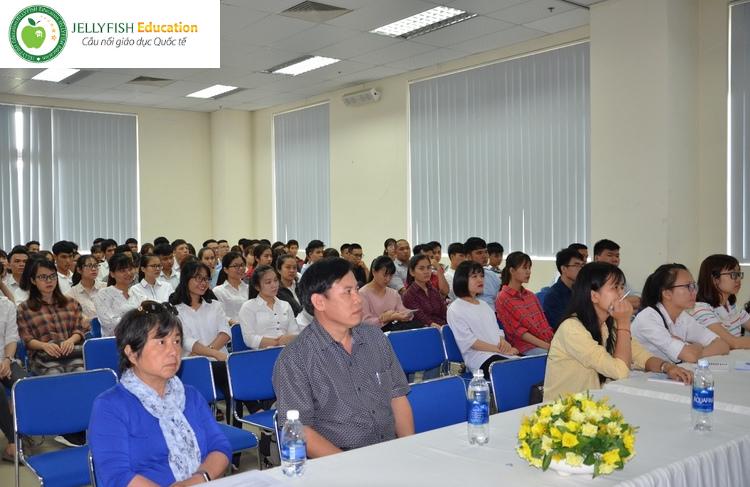 Hội thảo du học Thạc sĩ hệ tiếng anh tại Nhật Bản, Hàn Quốc, Singapore - Ảnh 1