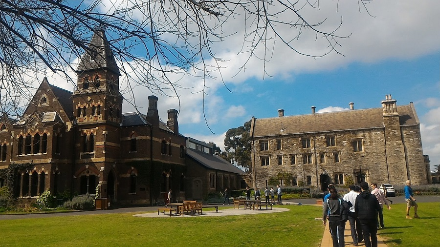 Trinity College Melbourne Summer camp